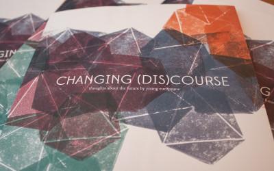 [:de]Changing (Dis)Course[:]